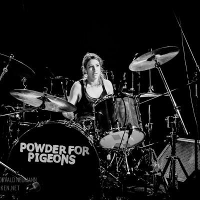 powder_for_pigeons-04