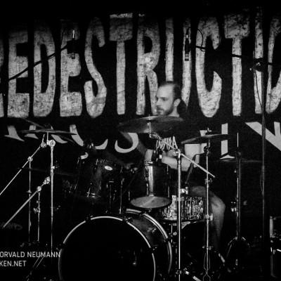redestruction-17